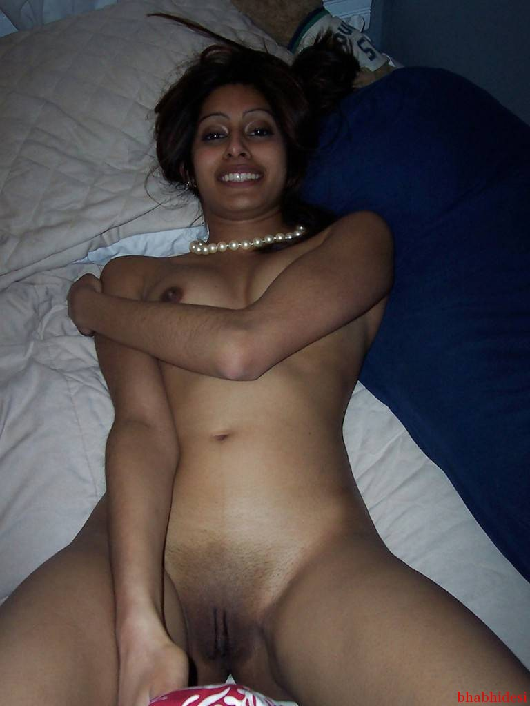sexy-indian-wife-cute-chudai-suhagraat-1-babhidesi-com (1)